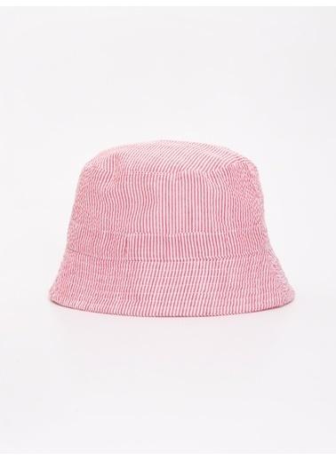 LC Waikiki Şapka Kırmızı